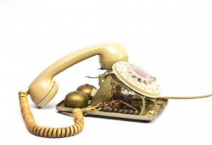 Broken telephone - freedigitalimages.net